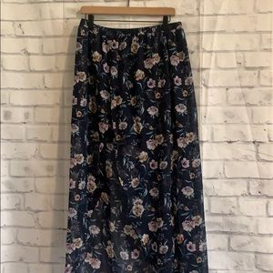 NWT By & By Floral Skirt